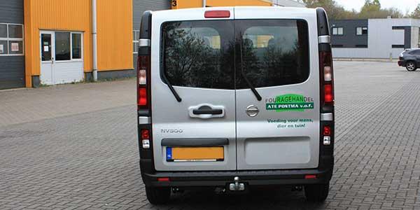 Fouragehandel Ate Postma Achterkant-bus
